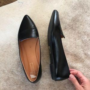 Yoki Pointed Toe Black Loafers